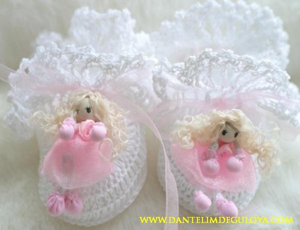 Figurlu Kız Bebek Patiği