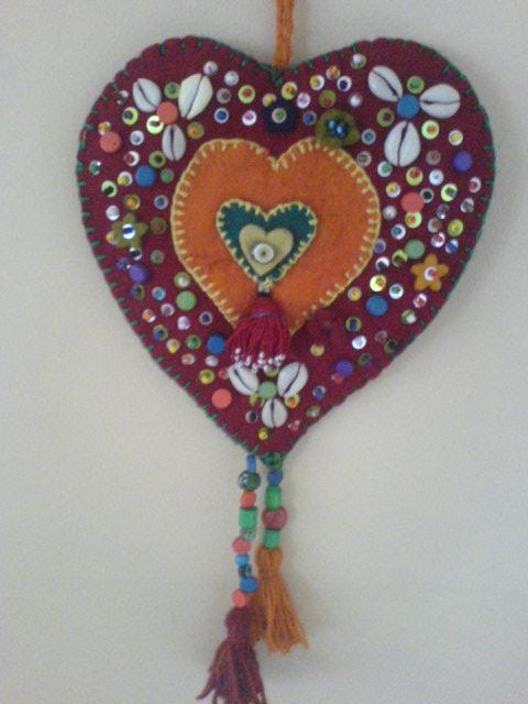 Kalpli Küçük Keçeden Duvar Süsü Modelleri